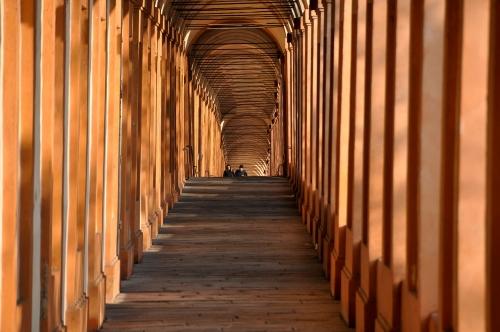 Il portico più lungo del mondo: San Luca tra simbolismi e curiosità