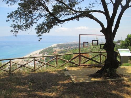 Il terrazzo archeologico sul mare di Taureana di Palmi