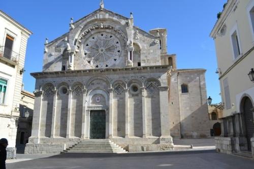 La cattedrale di Troia e i suoi significati simbolici
