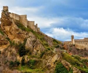 Il Castello di Roccascalegna e la leggenda della prima notte di nozze